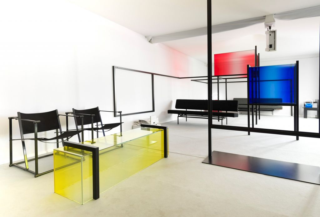 Spatial composition in Red, Blue and Yellow. Curated and designed by Studio Sabine Marcelis. Photo Lothaire Hucki